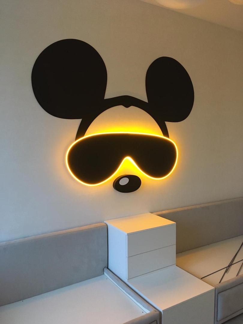 Микки Мауса для интерьера комнаты